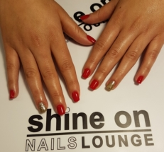 Artificial nails Acrylic Red with Gold